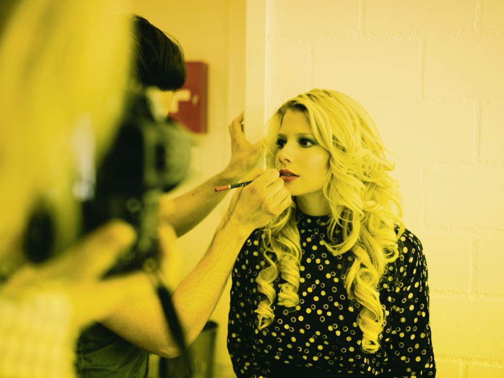 LePetite_Princesse_backstage